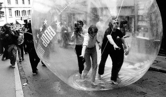 """© Katharina Vonow   COOP HIMMELB(L)AU """"Unruhige Kugel"""", 1971"""