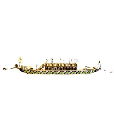 Leibschiffe waren reich ausgestattete Schiffe, mit welchen die kaiserliche Familie oder wichtige Gesandte die Donau befuhren.  1713 machte das Leibschiff von Kaiser Karl VI. (reg. 1711-1740) auf dem Weg von Linz nach Wien in Ybbs Halt und wurde von den Bürgern der Stadt ehrenvoll empfangen. Der Kaiser speiste und nächtigte auf dem Schiff und setzte seine Reise am frühen Morgen fort. © Spitz, Schifffahrtsmuseum Spitz, Foto: Christoph Fuchs